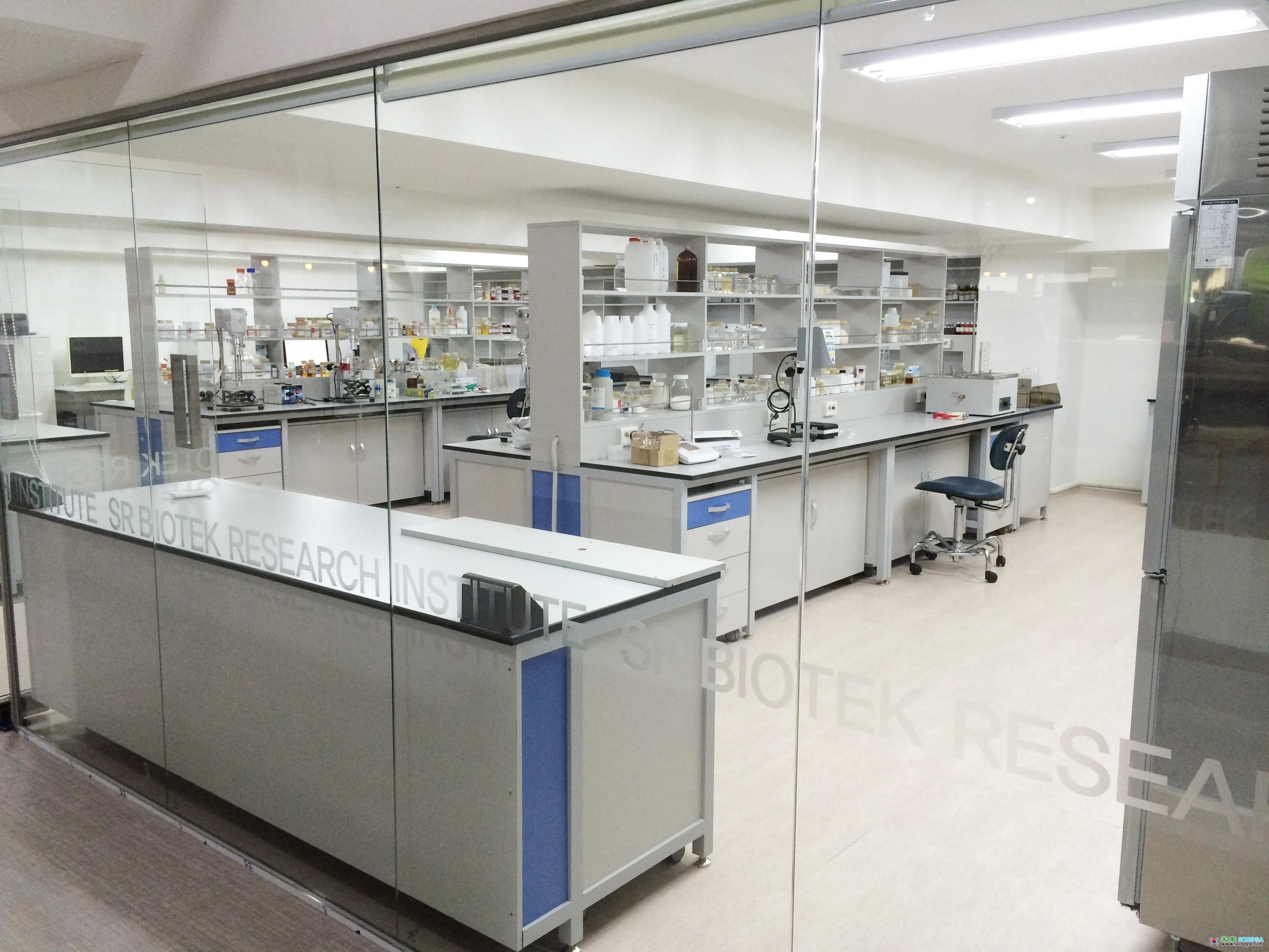 연구실_002.jpg